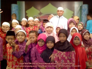 Foto bersama Ust.Ghazali Rahman, S.Ag